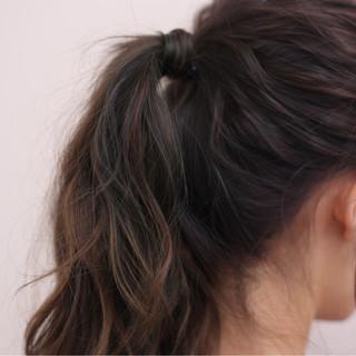 ミディアム 簡単ヘアアレンジ ストリート 大人かわいい ヘアスタイルや髪型の写真・画像 ヘアスタイルや髪型の写真・画像
