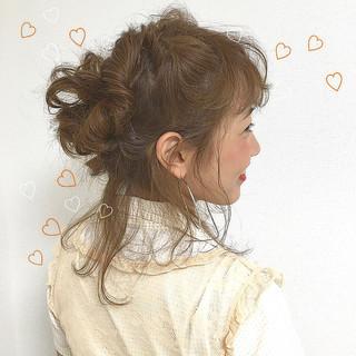 ショート ミディアム ヘアアレンジ 簡単ヘアアレンジ ヘアスタイルや髪型の写真・画像