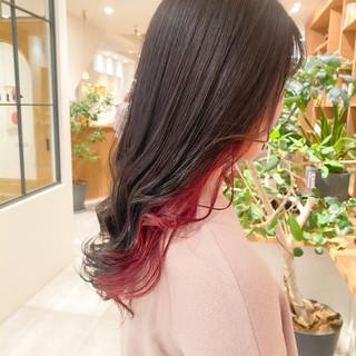 ピンクアッシュ インナーカラー ピンクラベンダー ロング ヘアスタイルや髪型の写真・画像