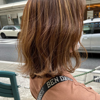 フェミニン ブラウンベージュ グレージュ ミディアム ヘアスタイルや髪型の写真・画像