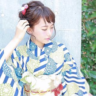 ヘアアレンジ ショート フェミニン アッシュ ヘアスタイルや髪型の写真・画像