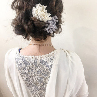ヘアアレンジ ナチュラル 結婚式 ミディアム ヘアスタイルや髪型の写真・画像 ヘアスタイルや髪型の写真・画像