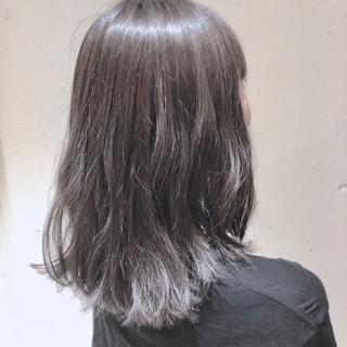 ミディアム グラデーションカラー 外国人風カラー ウェーブ ヘアスタイルや髪型の写真・画像