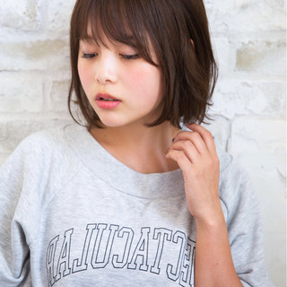 秋 ミディアム パーマ 透明感 ヘアスタイルや髪型の写真・画像