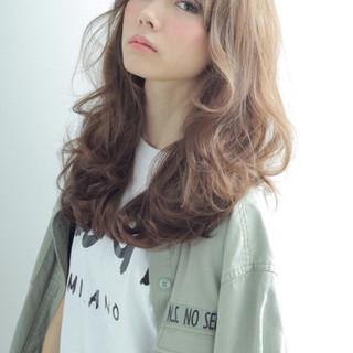 ストリート ナチュラル セミロング 外国人風 ヘアスタイルや髪型の写真・画像