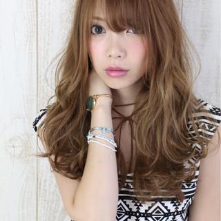 ゆるふわ 渋谷系 ロング アッシュ ヘアスタイルや髪型の写真・画像