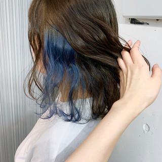 インナーカラー ブルー ダブルカラー ハイライト ヘアスタイルや髪型の写真・画像