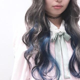 ロング エクステ ブルー インナーカラー ヘアスタイルや髪型の写真・画像