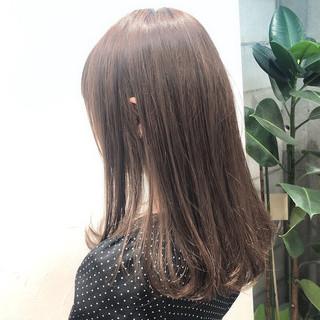 グレージュ アディクシーカラー セミロング モテ髪 ヘアスタイルや髪型の写真・画像
