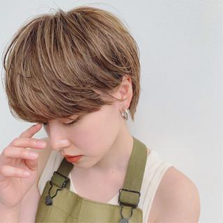 ハイトーン ハンサムショート 外国人風 ショート ヘアスタイルや髪型の写真・画像