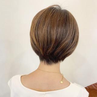 ショートヘア ショート ハンサムショート 耳かけ ヘアスタイルや髪型の写真・画像