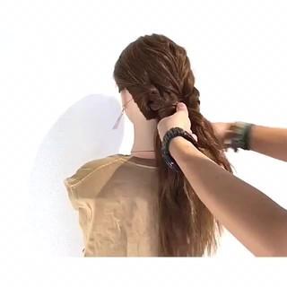 ロング ヘアアレンジ フェミニン 涼しげ ヘアスタイルや髪型の写真・画像