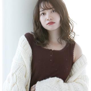 透明感カラー 韓国ヘア 巻き髪 外国人風カラー ヘアスタイルや髪型の写真・画像