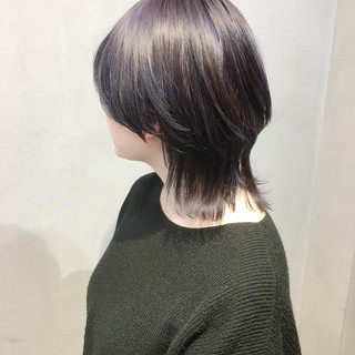 パープル ウルフカット ショート パープルアッシュ ヘアスタイルや髪型の写真・画像