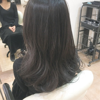 シルバー ブルーアッシュ ブルーグラデーション ブルージュ ヘアスタイルや髪型の写真・画像
