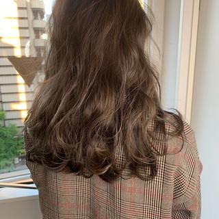 エレガント イルミナカラー 外国人風カラー ロング ヘアスタイルや髪型の写真・画像