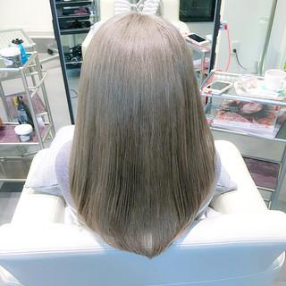 ミルクティー ガーリー イルミナカラー グレージュ ヘアスタイルや髪型の写真・画像