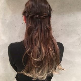 ナチュラル グラデーションカラー ロング ショート ヘアスタイルや髪型の写真・画像