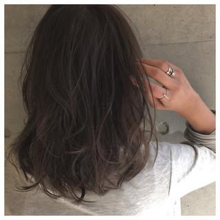 アッシュ ゆるふわ セミロング ブラウン ヘアスタイルや髪型の写真・画像