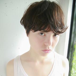 黒髪 パーマ ストリート アッシュ ヘアスタイルや髪型の写真・画像 ヘアスタイルや髪型の写真・画像