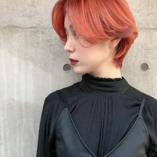 ハンサムショート オレンジカラー オレンジ アプリコットオレンジ ヘアスタイルや髪型の写真・画像