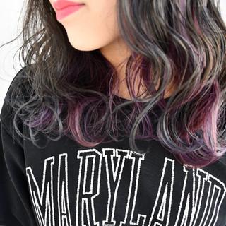 グラデーションカラー インナーカラー ミディアム グレージュ ヘアスタイルや髪型の写真・画像