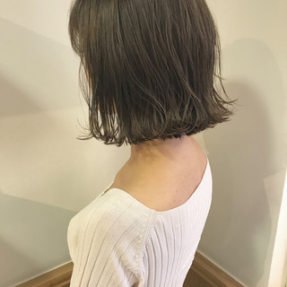 外ハネ ナチュラル ハイライト 秋 ヘアスタイルや髪型の写真・画像