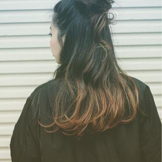 ロング グラデーションカラー ストリート 外国人風 ヘアスタイルや髪型の写真・画像