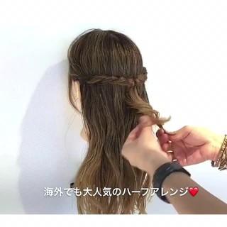 簡単ヘアアレンジ ルーズ デート ナチュラル ヘアスタイルや髪型の写真・画像