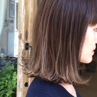 外国人風カラー ローライト ミディアム ハイライト ヘアスタイルや髪型の写真・画像