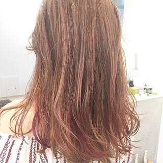 外国人風カラー ハイライト ベージュ ピンク ヘアスタイルや髪型の写真・画像