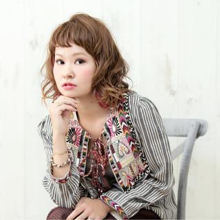 インナーカラー ピンク ブリーチ ストリート ヘアスタイルや髪型の写真・画像 ヘアスタイルや髪型の写真・画像