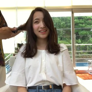 アンニュイ セミロング 外ハネ ナチュラル ヘアスタイルや髪型の写真・画像