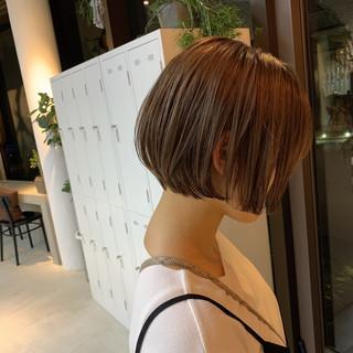 ミルクティーベージュ シアーベージュ ショート ショートヘア ヘアスタイルや髪型の写真・画像
