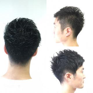 ストリート 刈り上げ ショート 黒髪 ヘアスタイルや髪型の写真・画像