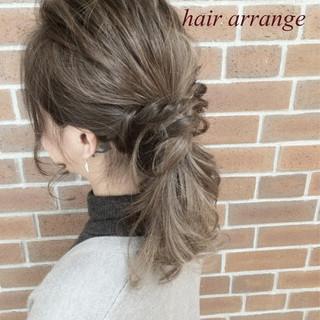 ヘアアレンジ セミロング 大人女子 外国人風 ヘアスタイルや髪型の写真・画像 ヘアスタイルや髪型の写真・画像