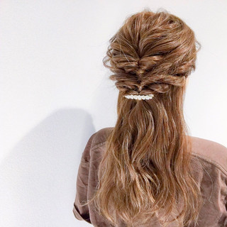 デート 結婚式 フェミニン 簡単ヘアアレンジ ヘアスタイルや髪型の写真・画像
