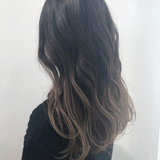ブリーチ グラデーションカラー アンニュイほつれヘア ロング ヘアスタイルや髪型の写真・画像