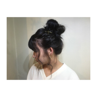 編み込み ミディアム お団子 ポニーテール ヘアスタイルや髪型の写真・画像