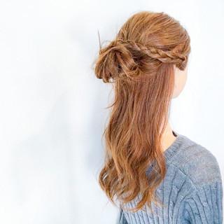 簡単ヘアアレンジ アウトドア ロング デート ヘアスタイルや髪型の写真・画像