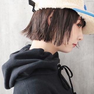 ボブ 外国人風カラー アウトドア 小顔ショート ヘアスタイルや髪型の写真・画像