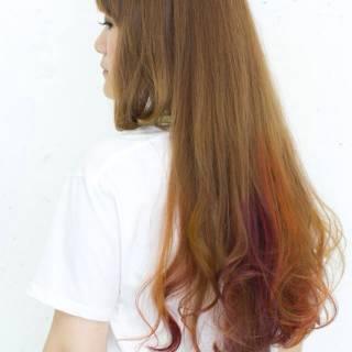ダブルカラー 大人かわいい ガーリー レッド ヘアスタイルや髪型の写真・画像