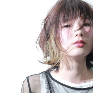 モード ミディアム ハイライト ウルフカット ヘアスタイルや髪型の写真・画像