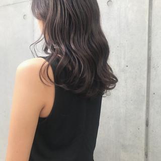 アッシュ グレーアッシュ 透明感カラー オリーブアッシュ ヘアスタイルや髪型の写真・画像