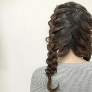 編み込み ロング ヘアアレンジ ゆるふわ ヘアスタイルや髪型の写真・画像