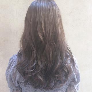 ミディアム ナチュラル パーマ デート ヘアスタイルや髪型の写真・画像