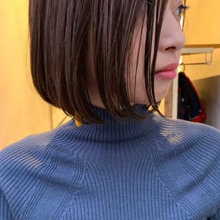 ナチュラル 大人女子 色気 切りっぱなし ヘアスタイルや髪型の写真・画像