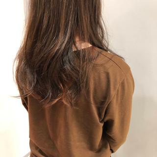 ロング ストリート ダブルカラー インナーカラー ヘアスタイルや髪型の写真・画像 ヘアスタイルや髪型の写真・画像