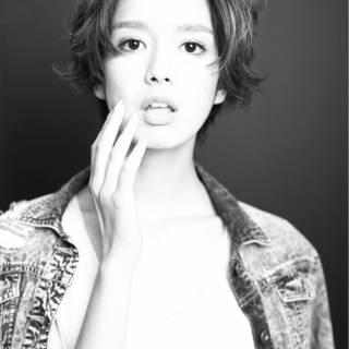 外国人風 ストリート ナチュラル ガーリー ヘアスタイルや髪型の写真・画像