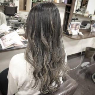 ダブルカラー エレガント ハイトーン グラデーションカラー ヘアスタイルや髪型の写真・画像 ヘアスタイルや髪型の写真・画像